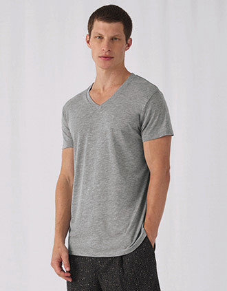 Camiseta Triblend cuello de pico hombre