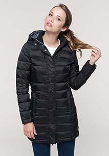 Parka ligera acolchada con capucha para mujer