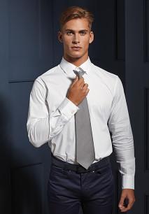 Corbata con clip