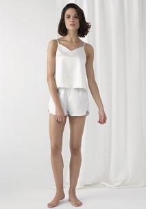 Conjunto de pijama con camisola y short